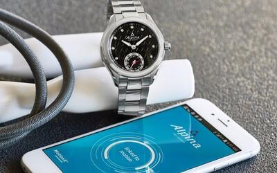 Zabudnite na Apple Watch! Elegantné švajčiarske hodinky ponúknu klasický dizajn aj inteligentné funkcie