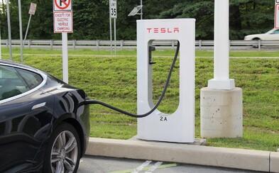 Začína éra elektromobilov. Holandsko plánuje od roku 2025 zakázať predaj áut so spaľovacími motormi