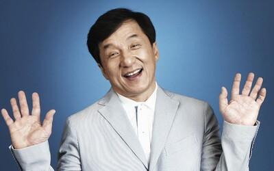 Žádný jiný herec nebyl při natáčení blíže ke smrti tolikrát jako on. Legenda akčních filmů Jackie Chan a jeho fascinující život