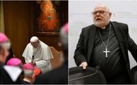 Zahlazuje katolická církev stopy o kněžích-pedofilech? Ano a účelově ničí důkazy, tvrdí německý kardinál