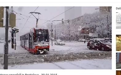 Zajtra na Slovensku napadne takmer pol metra snehu! Bratislava očakáva až 15 centimetrovú nádielku, v Poprade bude ešte výdatnejšia