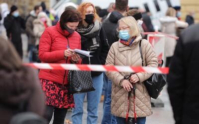 Zákaz vycházení od 21. hodiny, zavřené bary, restaurace i služby. Jak by se změnil život v Česku v 5. stupni PES