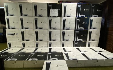 Zakažme resellování nového PS5 či Xboxu, navrhují britští poslanci. Překupníci prý takto vydělali už 28 milionů dolarů