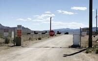 Zakladatele útoku na Area 51 ještě FBI nezadržela. Na místě chce udělat obrovský festival