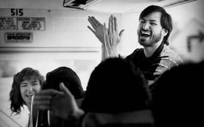 Zákulisné fotografie Steva Jobsa a iných tvorcov digitálnej revolúcie zo Silicon Valley počas 80 - 90. rokov
