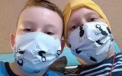 Zasiahla ich extrémna chudoba a zdravotné pomôcky im vykúpila verejnosť. Ako pomôcť ľuďom s rakovinou počas pandémie?