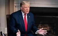 ZASTAVTE SČÍTAVANIE, vyzýva opakovane Donald Trump na Twitteri. Voľby v USA sú napínavé do poslednej chvíle