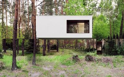 Zaujímavý poľský dom pokrytý zrkadlami, ktoré vytvárajú podarenú ilúziu neexistujúceho prízemia