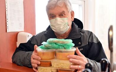 Záznam: V sobotu pribudlo 41 nových prípadov nákazy koronavírusom, dohromady ich je na Slovensku 178