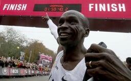 Zázračné tenisky, ktoré zabehli maratón pod dve hodiny, zrejme zostanú legálne. Kúpiť si ich vraj môže každý