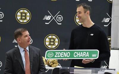 Zdeno Chára dostane ulicu v Bostone. Poctu mu pri príležitosti jubilea vzdali najlepší hráči ligy, dostal aj zlaté rukavice