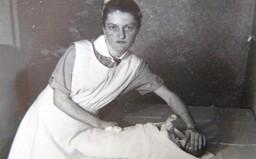 Zdravotní sestra, která zabíjela novorozence, protože nemohla snést dětský pláč. Za její řádění jí soud udělil trest smrti