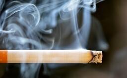 Zdražení rumu, cigaret a hazardu. Vláda schválila daňový balíček, chce omezit jejich spotřebu