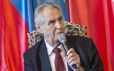 Zeman chce uspořádat ceremoniál k udělování státních vyznamenání 28. října. Navzdory restrikcím