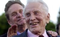 Zemřel legendární herec Kirk Douglas, bylo mu 103 let