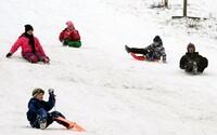 Žena při bobování na Bruntálsku narazila do překážky, na místě zemřela