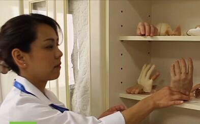 Žena vyrábí dokonalé protézy malíčku pro bývalé členy Yakuzy