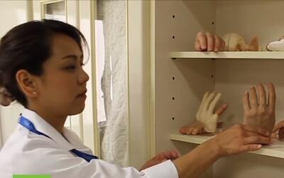 Žena vyrába dokonalé protézy malíčkov pre bývalých členov Yakuzy