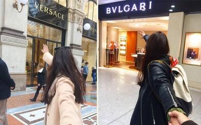 Ženinu ruku nesmie muž pustiť pred drahými obchodmi. Vtipná paródia projektu Follow Me vznikla v Taliansku