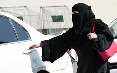 Ženy v Saúdské Arábii budou moci řídit! Nedávno získaly volební právo a brzy si bez problémů sednou i za volant