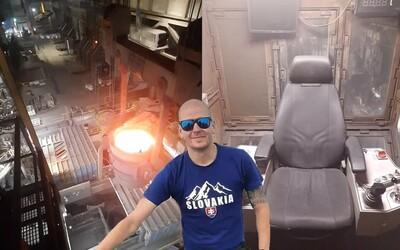 Žeriavnik Adam nalieva 1 300-stupňové žeravé železo v oceliarni. Ženy sú často lepšie žeriavničky ako mnohí muži, tvrdí (Rozhovor)