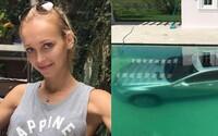 Zhrzená přítelkyně shodila luxusní Mercedes svého přítele do bazénu poté, co jí odmítl dát 50 000 dolarů na podnikání