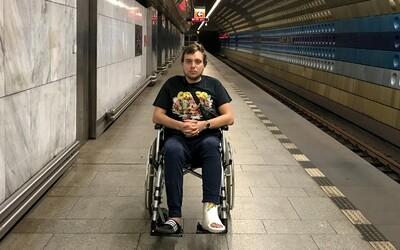 Žil som mesiac na vozíčku. Vodiči MHD mi odmietli pomôcť, spadol som do asociálneho života, zmenil sa mi pohľad na svet