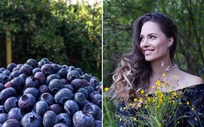 Žila v zahraničí, na Slovensko sa vrátila pestovať čučoriedky. Krásna Barbora trávi dni v lese a Horehronie by nikdy neopustila