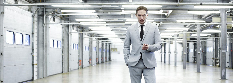 Získa charizmatickú rolu Jamesa Bonda drsňák Tom Hardy? Jedine pod režijnou taktovkou Christophera Nolana!