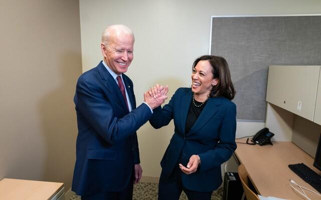 ŽIVĚ: Biden ještě dnes rozhodne o návratu USA k Pařížské dohodě a WHO