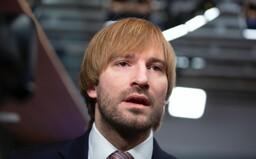 ŽIVĚ: V Česku je nakaženo už 18 lidí, uvedl Babiš. Po návratu z Itálie musí všichni povinně do karantény pod pokutou 3 miliony