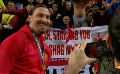 """""""Zlatane, zůstaň v United a můžeš se vyspat s mojí ženou!"""" Ibrahimović sice ve finále nehrál, ale od fanouška dostal zajímavou nabídku"""