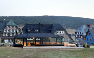 Zlaté české ručičky přeměnily chátrající horskou chatu na penzion, ze kterého se lidem nechce odcházet