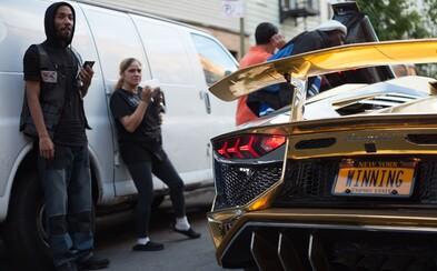 Zlaté Lambo, policajné hliadky a Brooklyn hore nohami v klipe Tekashi69, YOKAI