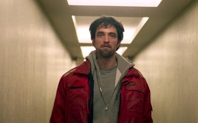 Zlodej Robert Pattinson sa v krimi dráme Good Time snaží počas jednej šialenej noci dostať svojho brata z väzenia