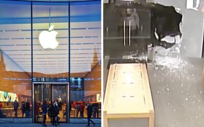 Zlodeji ukradli iPhony za vyše 300-tisíc dolárov. Apple však s nimi vypiekol