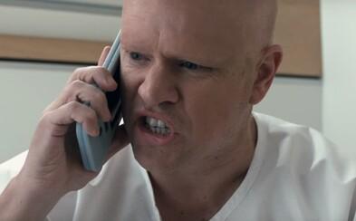 Zmenšený Matt Damon sa v traileri pre sci-fi komédiu Downsizing dozvedá, že jeho manželka si procedúru na poslednú chvíľu rozmyslela