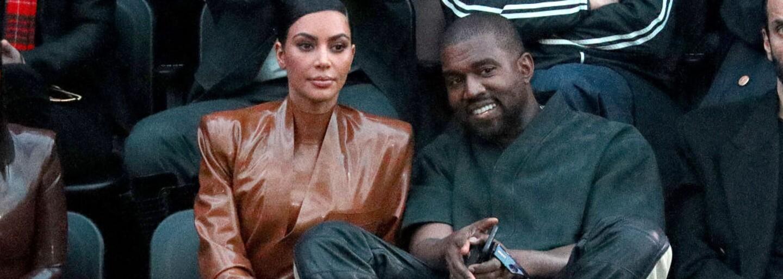 Značka Kanyeho Westa YEEZY je v právnom spore s Walmartom pre okopírovaný dizajn loga