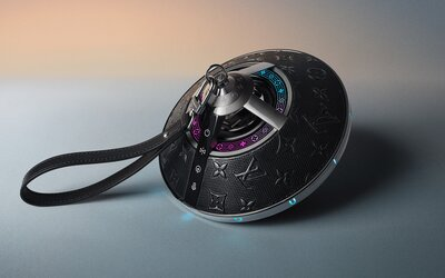 Značka Louis Vuitton predstavila prenosný reproduktor, ktorý vyzerá ako vesmírna loď. Stojí takmer 2 500 eur