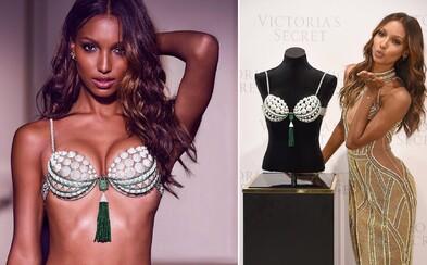 Značka Victoria's Secret odhalila luxusnú podprsenku v hodnote viac ako 2,7 milióna eur. Jej výroba trvala približne 700 hodín