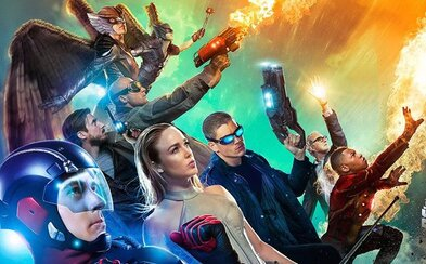 Známi hrdinovia zo seriálového Flasha a Arrowa sú pripravení čeliť nesmrteľnému nepriateľovi