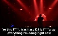 Známý americký raper vyhodil DJe z pódia, když mu opakovaně kazil vystoupení a za pult se postavil sám
