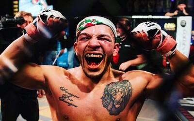 Známý MMA bojovník z UFC pobodal nožem své sestry. Prý mu to nařídila vyšší síla