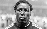 Zomrel bývalý francúzsky futbalista Jean-Pierre Adams. 39 rokov strávil v kóme