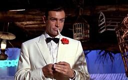 Zemřel legendární herec Sean Connery, který roky ztvárňoval Jamese Bonda