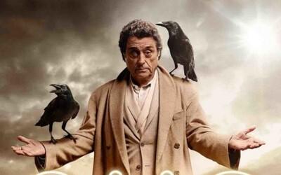 Zoznámte sa s Mr. Wednesdayom! Staroveký boh srší suchým humorom v novom klipe očakávanej fantasy American Gods od famózneho Neila Gaimana