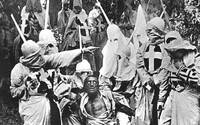 Zrodenie národa – jeden z najväčších filmov v histórii a zároveň rasistické dielo, ktoré Ku Klux Klan používal k verbovaniu nových členov