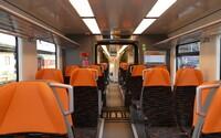 ZSSK nahradilo RegioJet a spustilo premávku vlakov medzi Bratislavou a Komárnom. Spoj meškal viac než hodinu