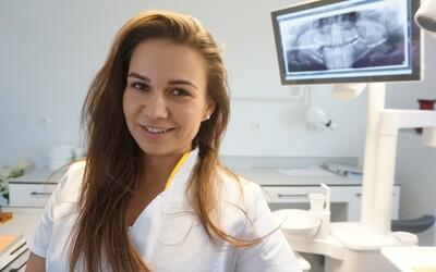 Zubárka Dominika: Všetci si chcú bieliť zuby, no nik si ich nevie ani len vyčistiť (Rozhovor)