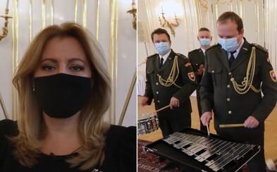 Zuzana Čaputová bubnuje na pomoc týraným deťom. Prosím, buďme pozorní k hlasu detí, dôverujme mu a pomôžme, odkazuje